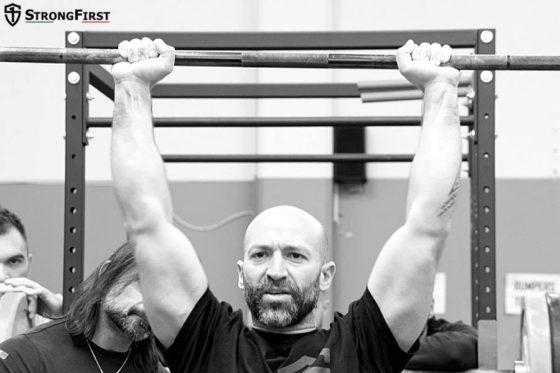 Tension musculaire - Développé debout
