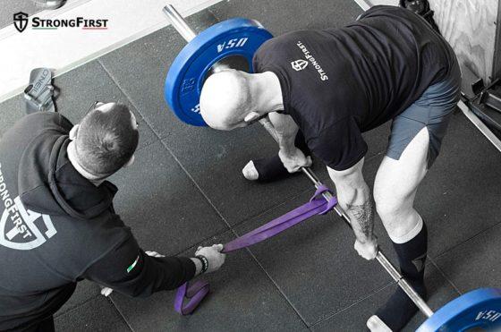 Triceps brachial - mise en place du Soulevé de terre