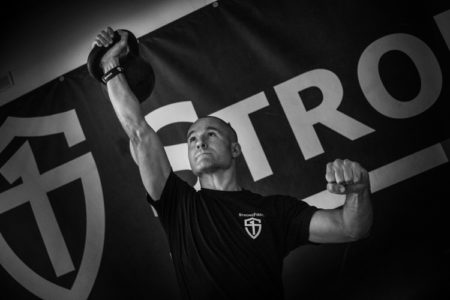 Kettlebell Press tirage - Pavel Macek, Master SFG